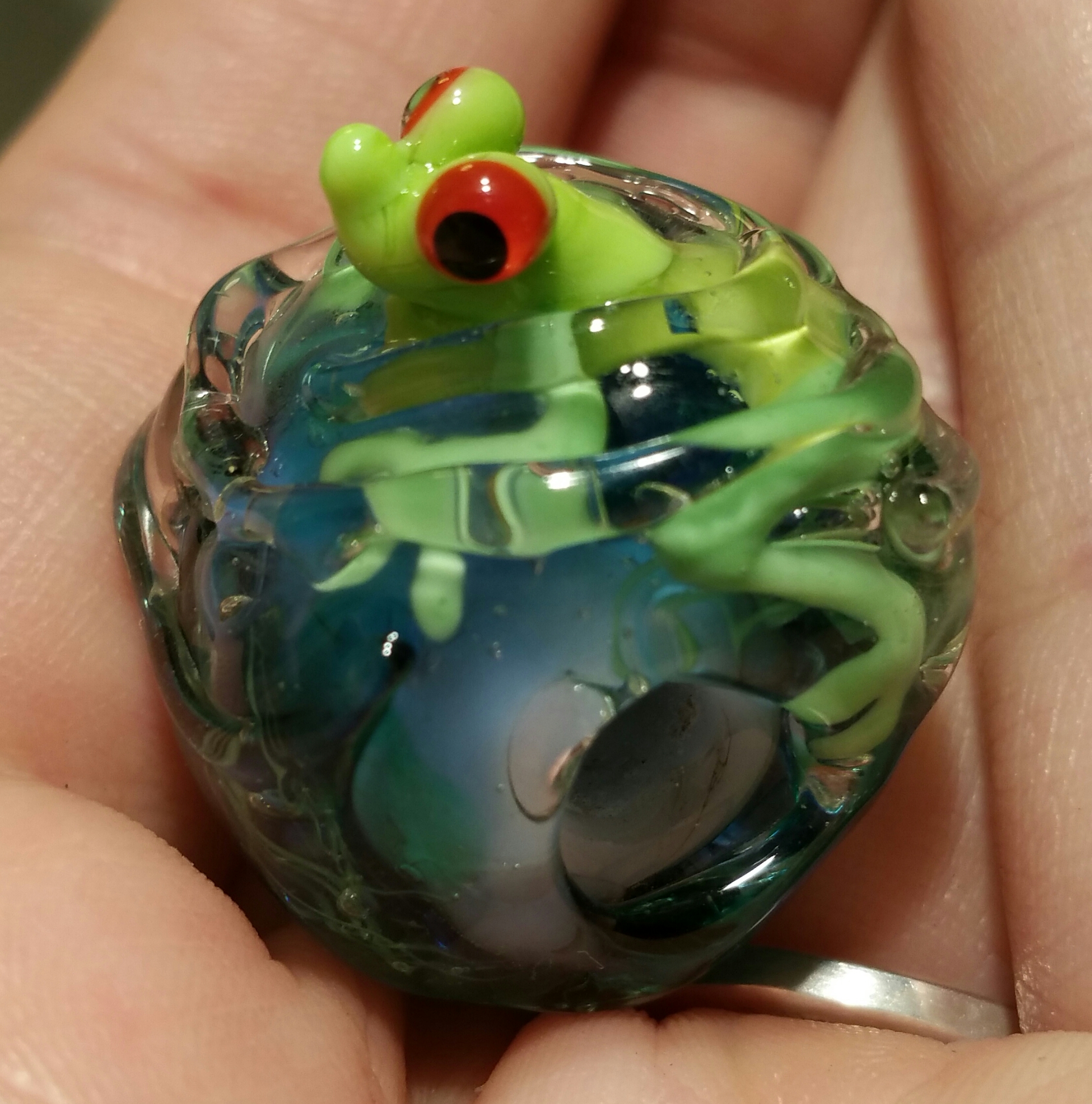 Swimming Frog bead