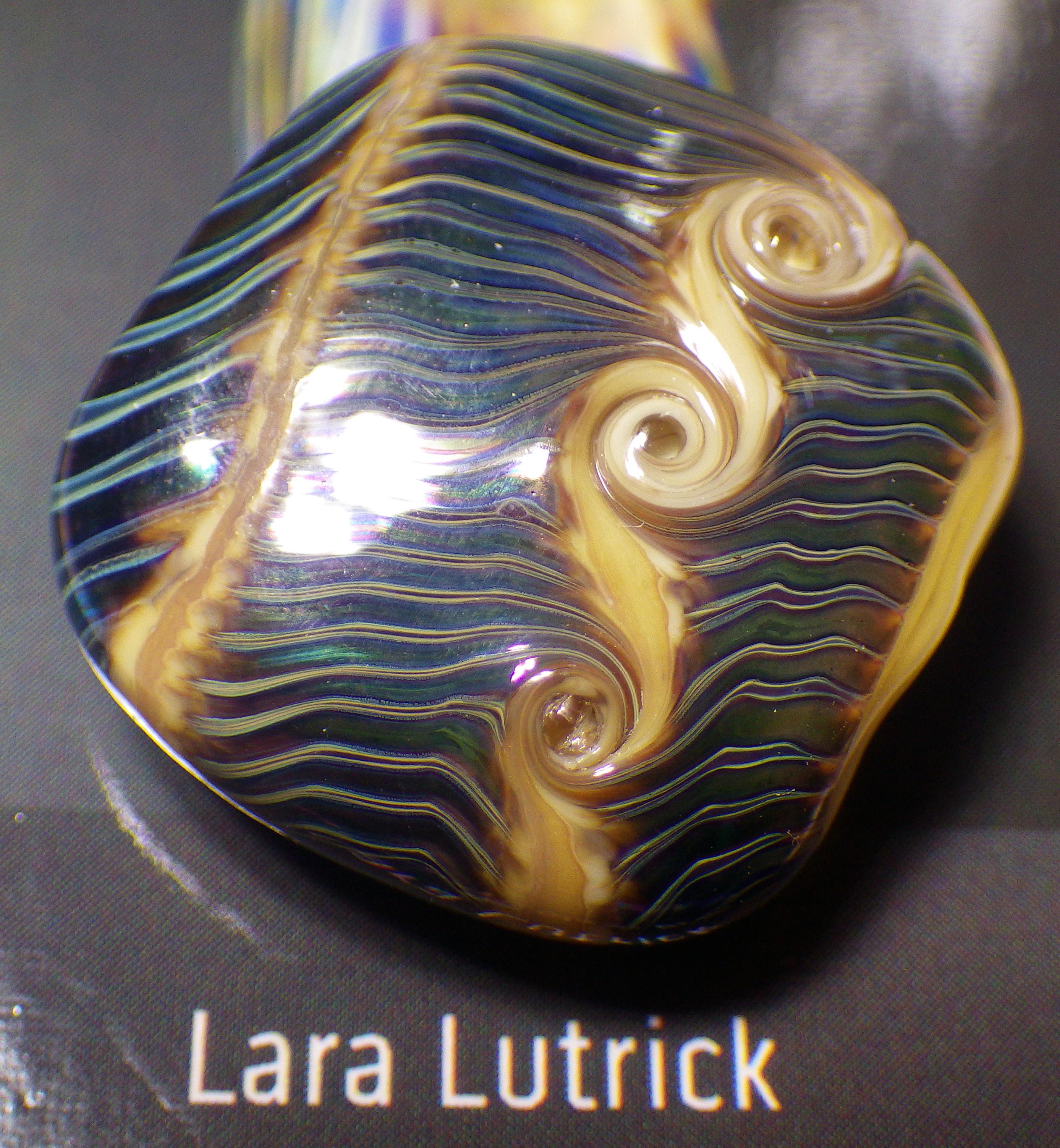 Lutrick, Lara